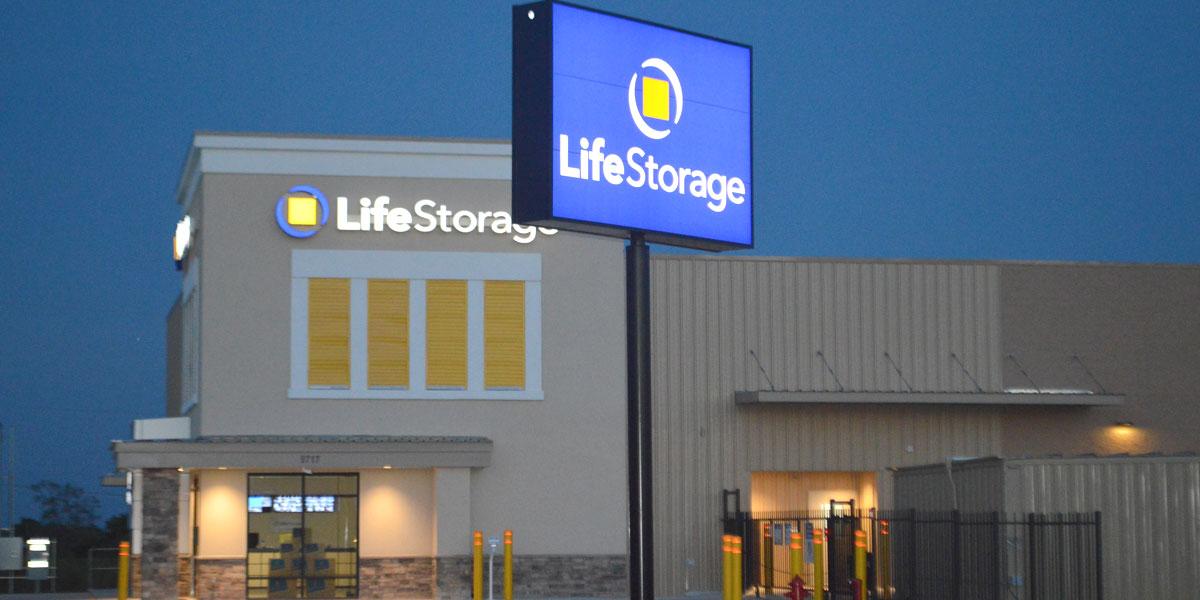 self storage construction LifeStorage